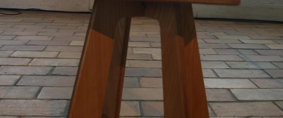Noah side table by VanDen