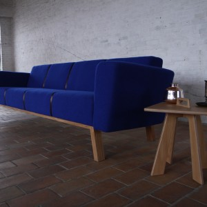 Brad retro design sofa - VanDen Collection